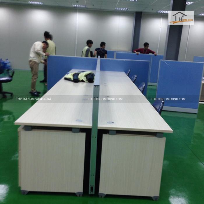 Bàn làm việc trong văn phòng tại Bắc Ninh