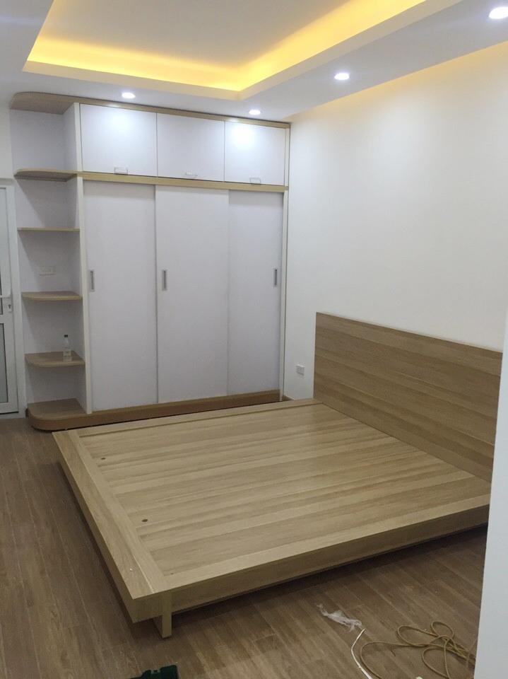 Thi công nội thất phòng ngủ với đồ nội thất từ gỗ tự nhiên