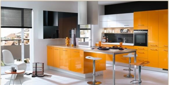 1. Tủ bếp đẹp với tông màu vàng thu hút ánh mắt