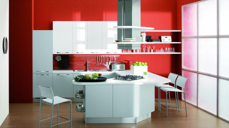 3. Không bếp bếp đẹp với màu đỏ được sơn vào tường tủ bếp được thiết kế chữ U đẹp