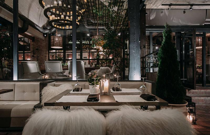 Hình 02: Thiết kế nội thất nhà hàng sang trọng hợp phong thủy
