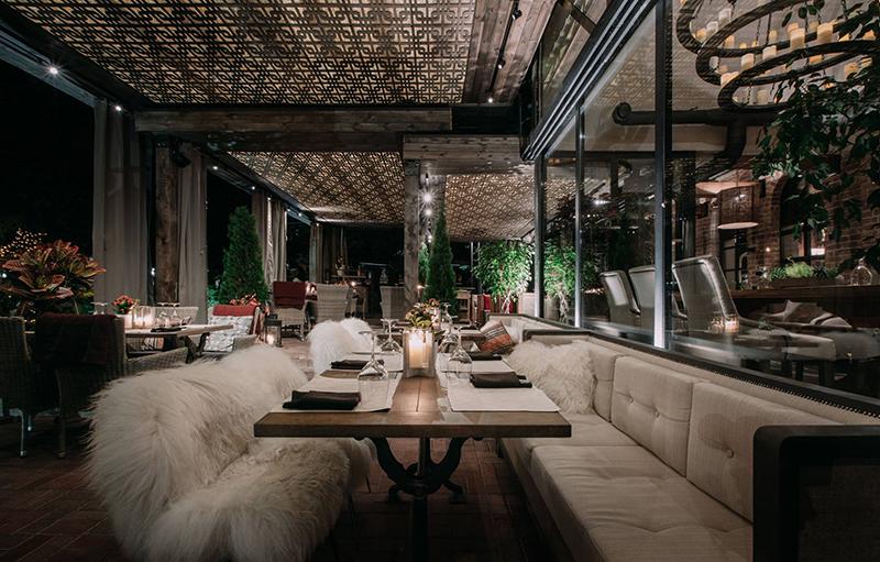 Hình 07: Thiết kế nội thất nhà hàng sang trọng hợp phong thủy