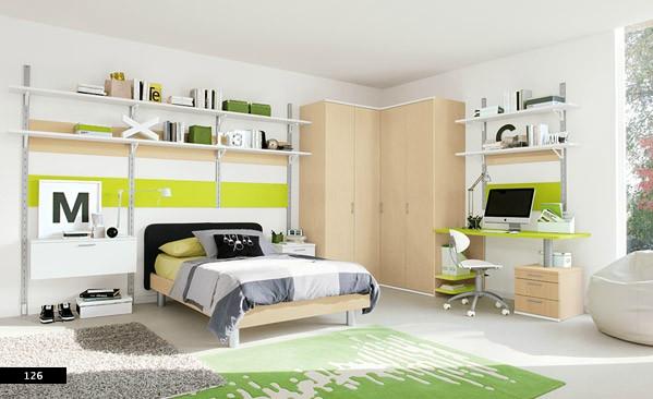 12. Nội thất bằng gỗ cùng sự kết hợp hài hòa màu sắc và ánh sáng trong phòng ngủ nhỏ