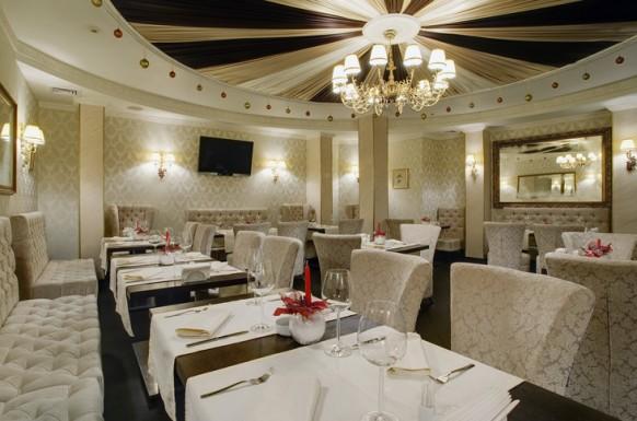 Thiết kế nhà hàng với không gian đẹp, độc đáo
