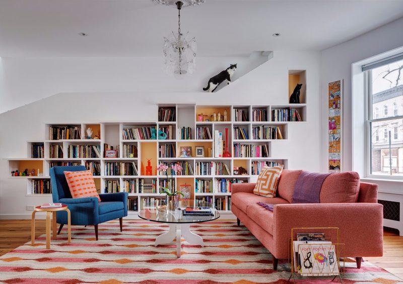 Phòng khách thiết kế đơn giản, hiện đại