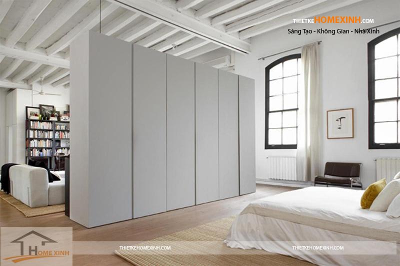 Đặt tủ quần áo hiện đại ở khoảng tường trống riêng biệt