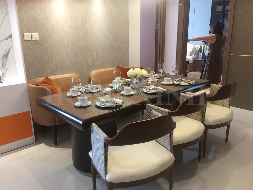 Bàn ghế ăn cho gia đình gia chủ