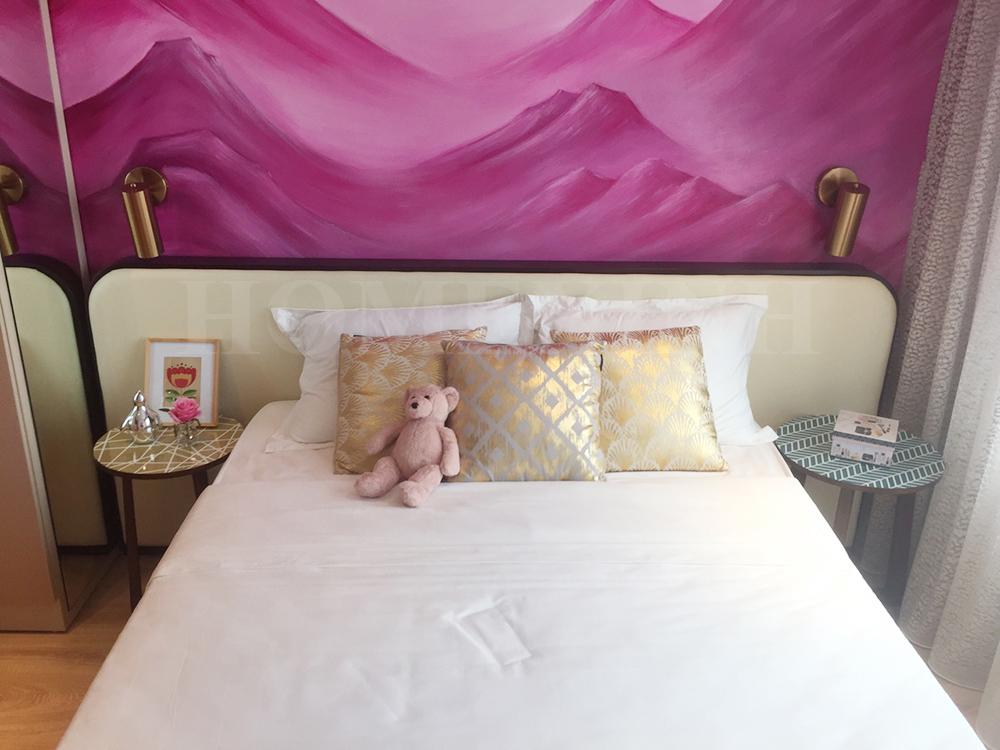 Không gian phòng ngủ con gái khá bắt mắt