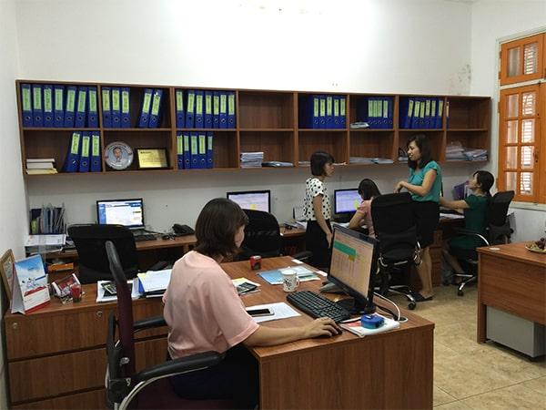 Văn phòng làm việc kế toán và hành chính nhân sự